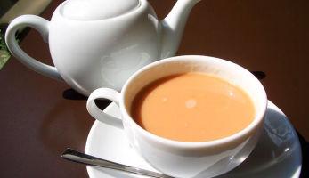 Чай с добавлением молока для беременных