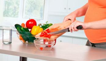 Варианты полезного ужина при беременности