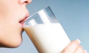 Можно ли молоко с содой при беременности