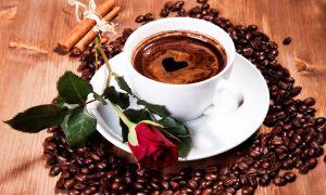 Можно ли беременным женщинам выпить чашку кофе